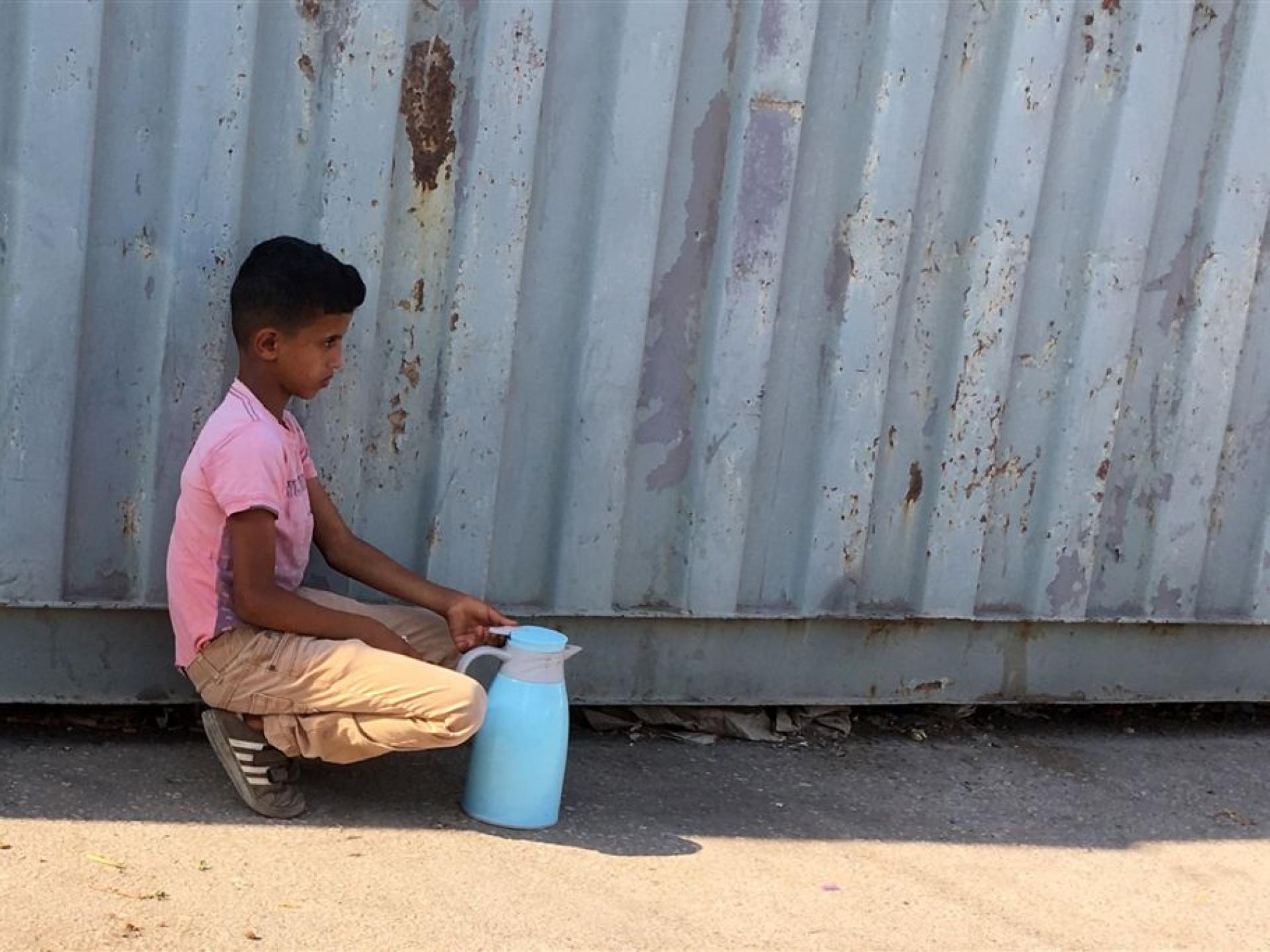 מחסום ברטעה: מוכר קפה בן 10
