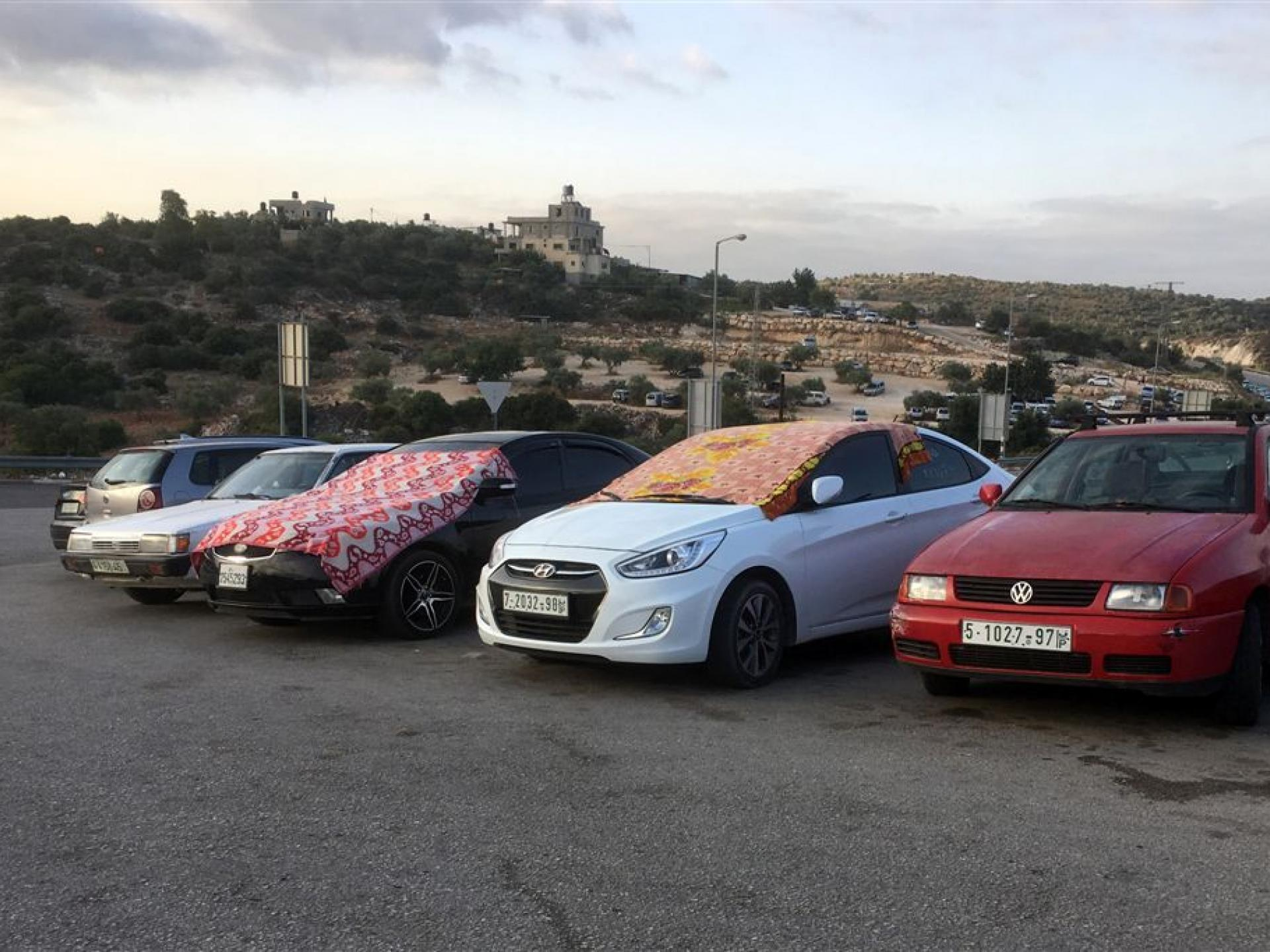 Barta'a checkpoint 3.7.2018: Pampered cars …