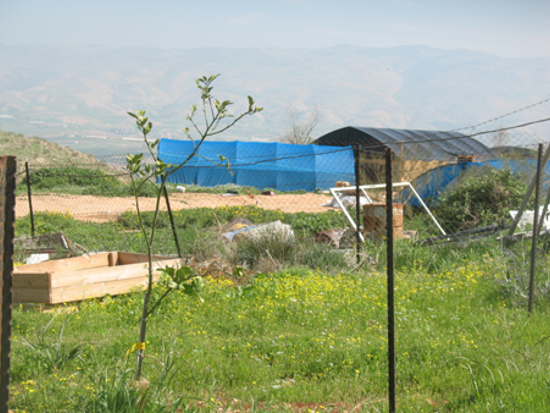 """the upper """"outpost"""" (Rotem settler-colony)"""