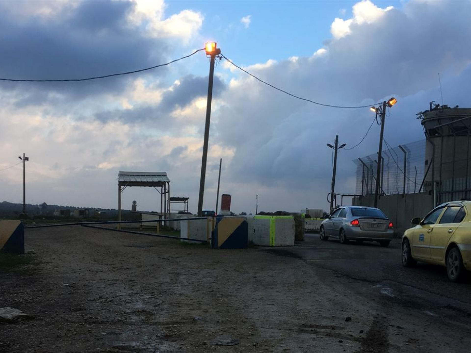 זרוע חוסמת חדשה בדרך הצדדית במחסום יעבד