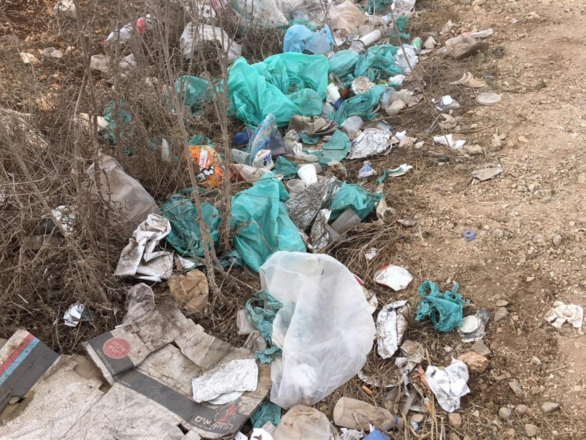 Tura – Shaked Checkpoint: Why bother keeping the occupied territories clean? Who cares?