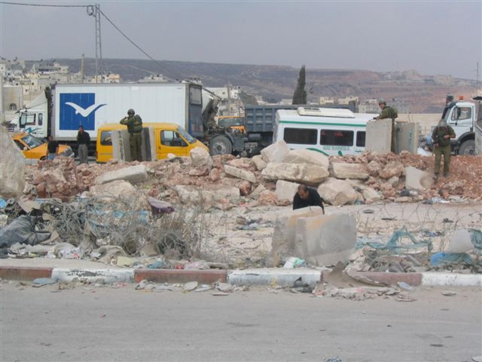 Qalandiya checkpoint 05.10.07