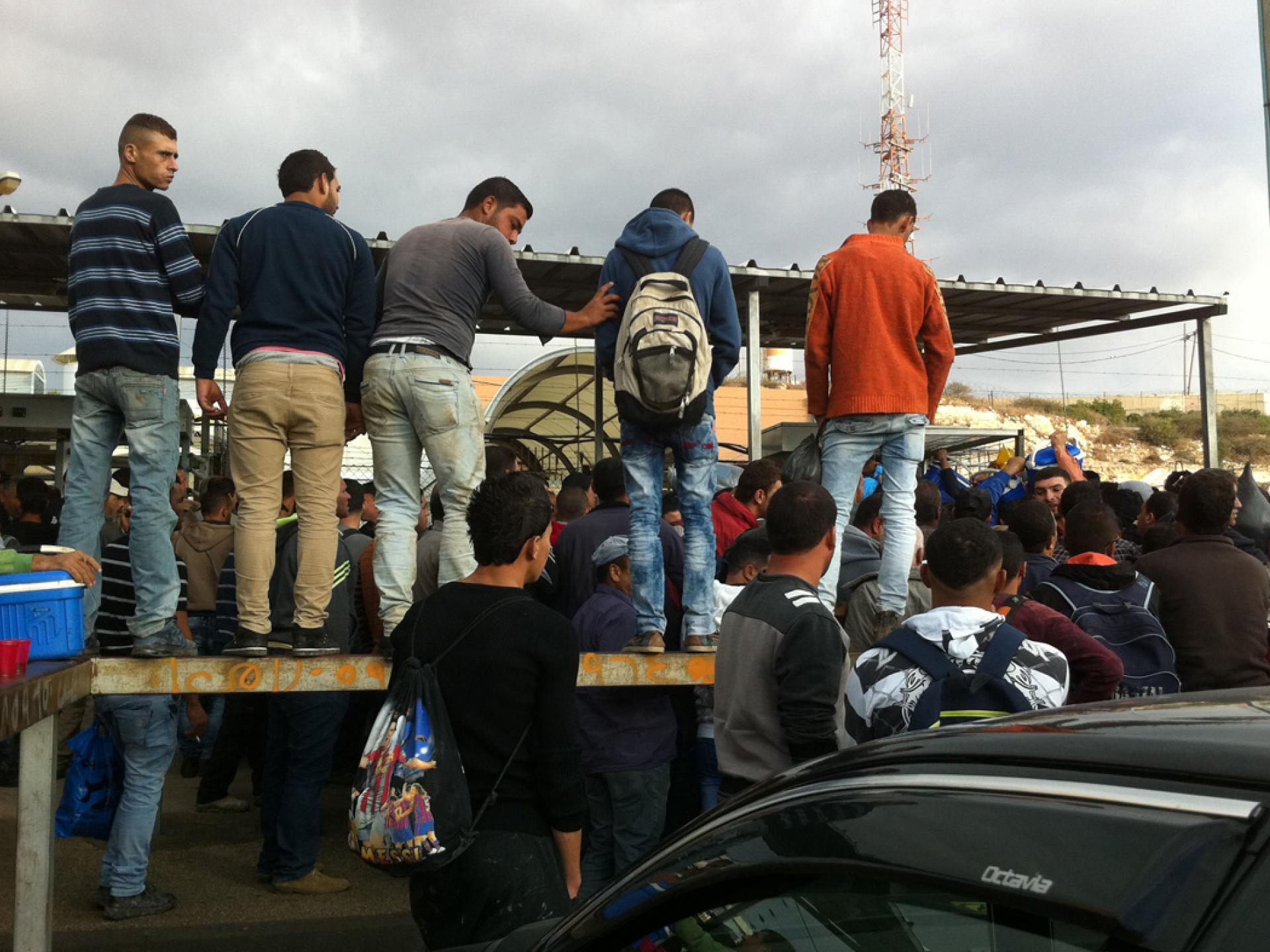 30.10.15 Barta'a checkpoint מחסוום ברטעה