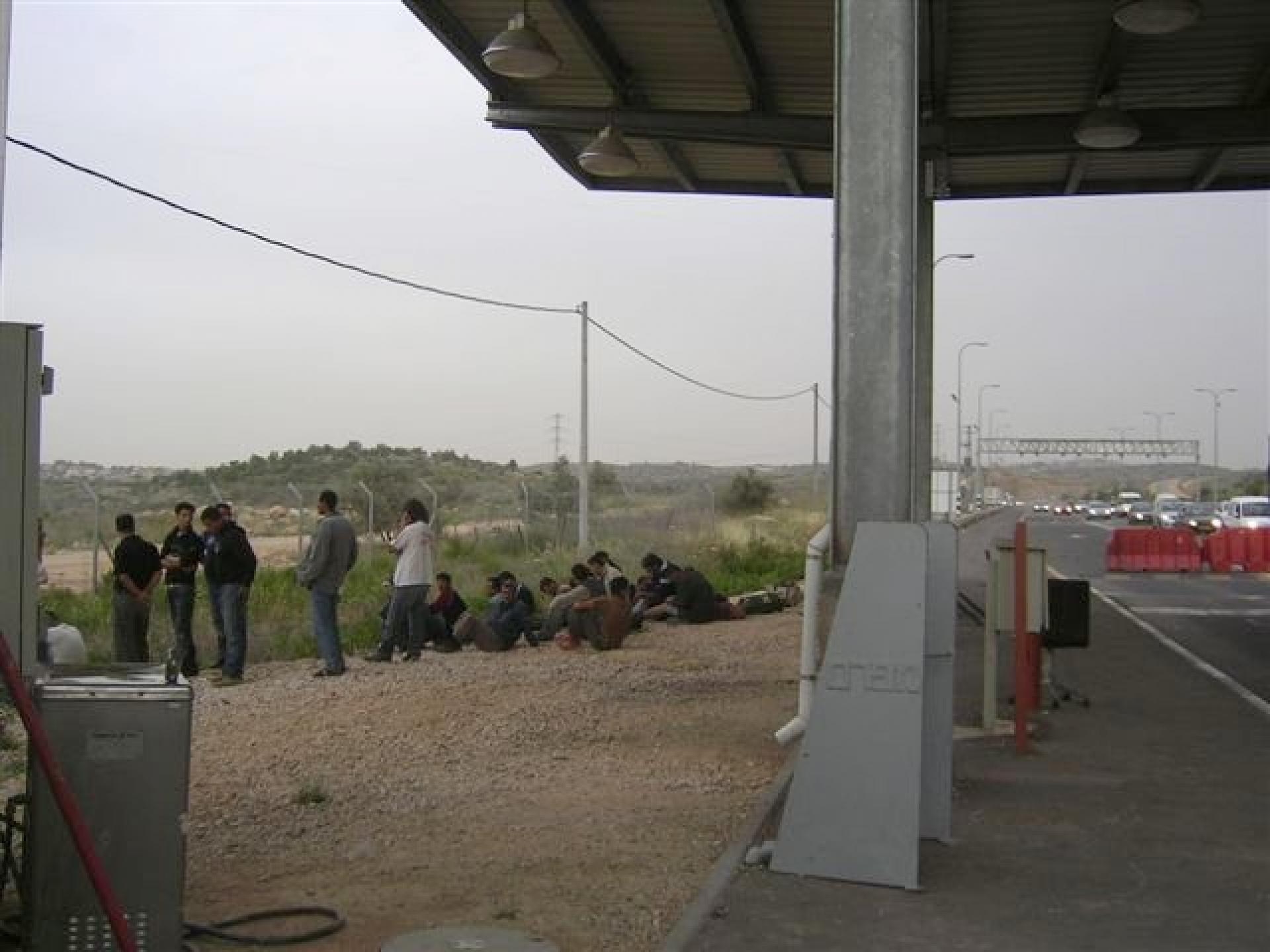 Shomron crossing checkpoint 06.04.08