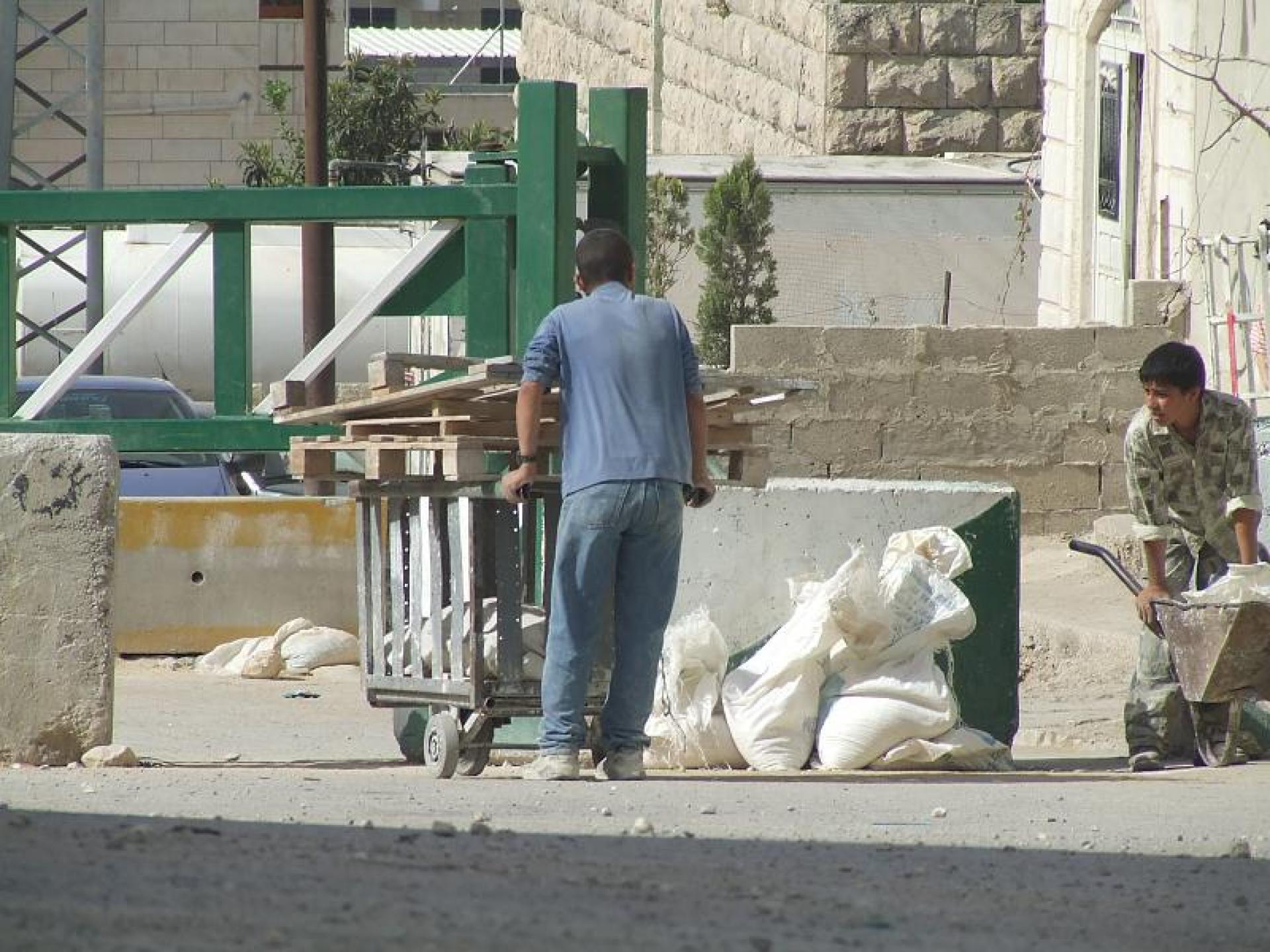 Hebron 10.06.09
