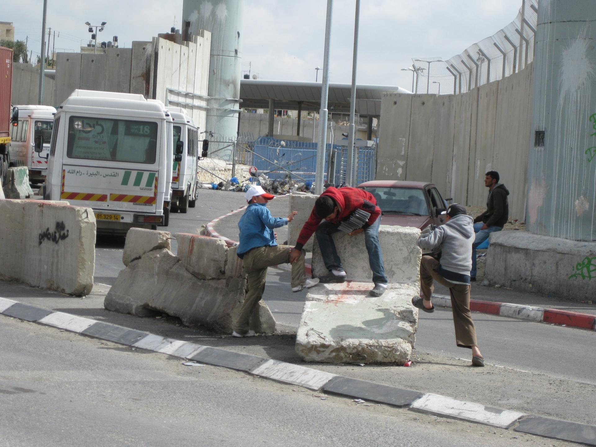 Qalandiya checkpoint 23.05.10