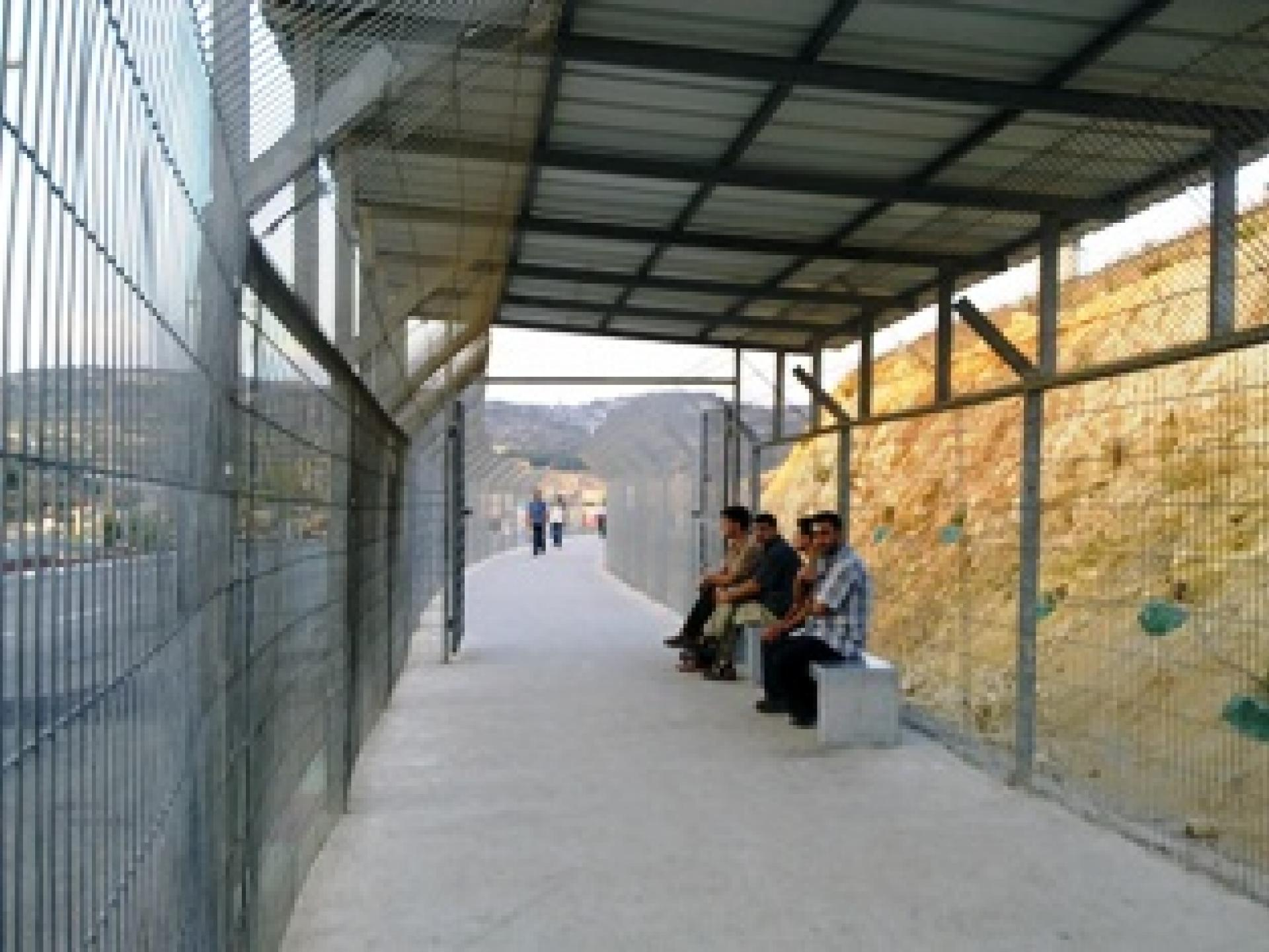 Barta'a/Reikhan checkpoint 26.08.10