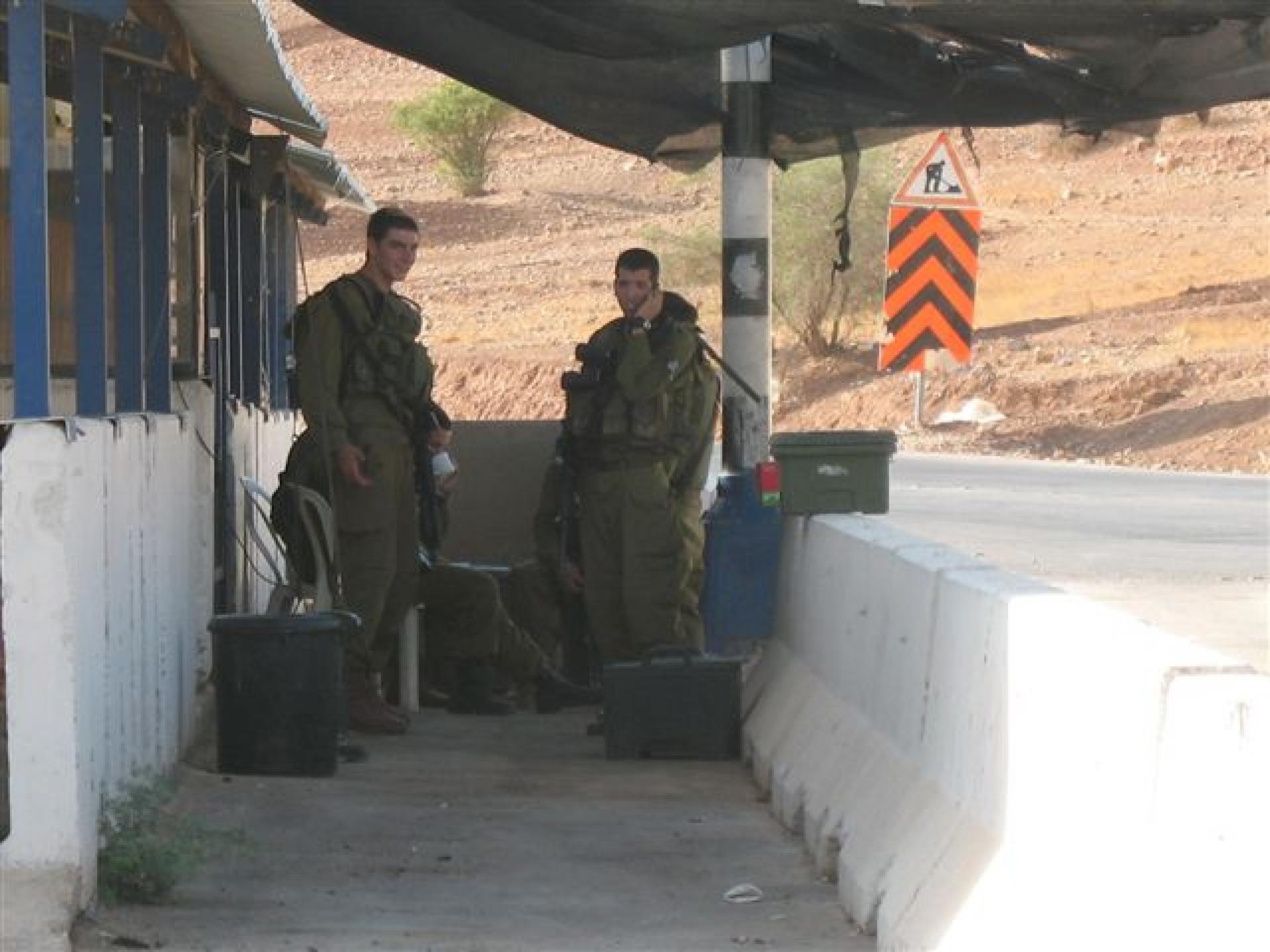 Hamra/Beqaot checkpoint 05.10.10