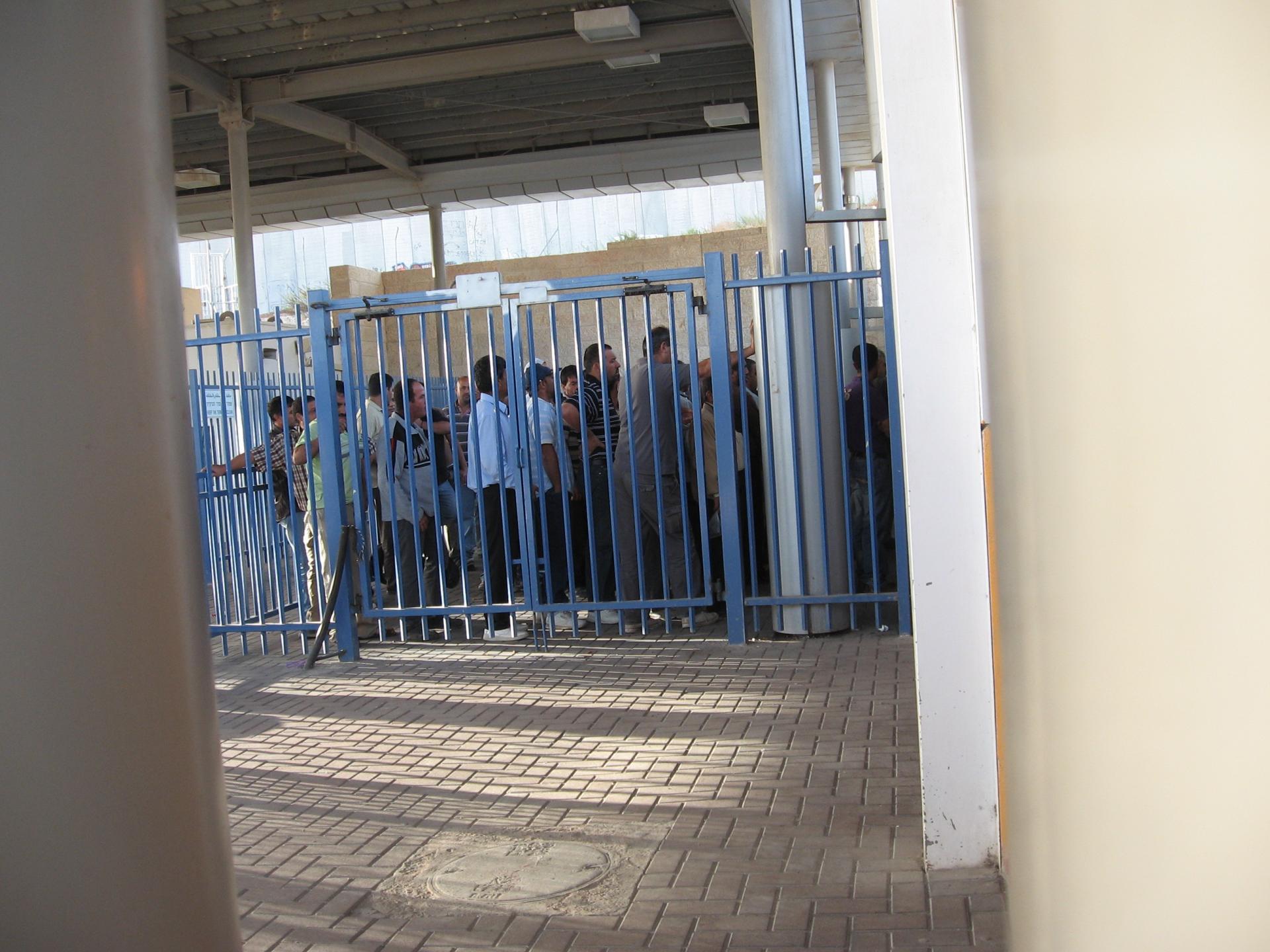 Ras Abu Sbeitan (Olives checkpoint) 14.10.10