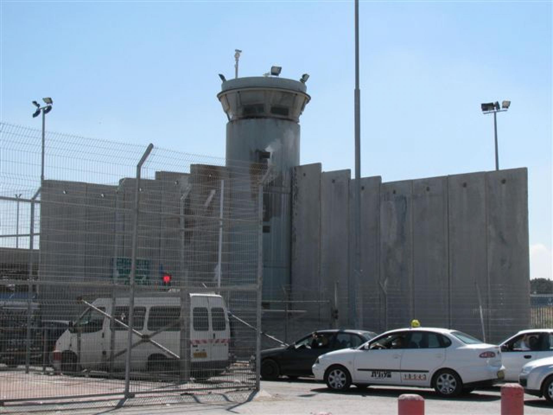 Qalandiya checkpoint 01.06.11