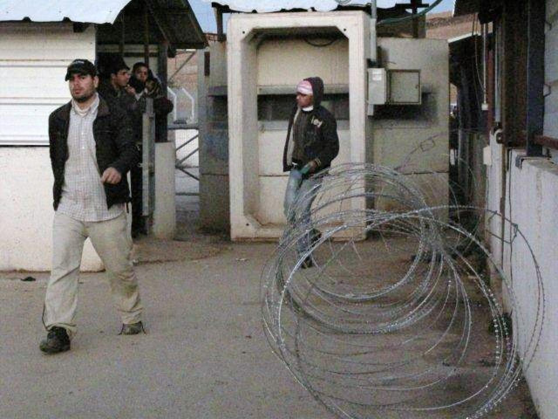 Hamra/Beqaot checkpoint 10.01.12