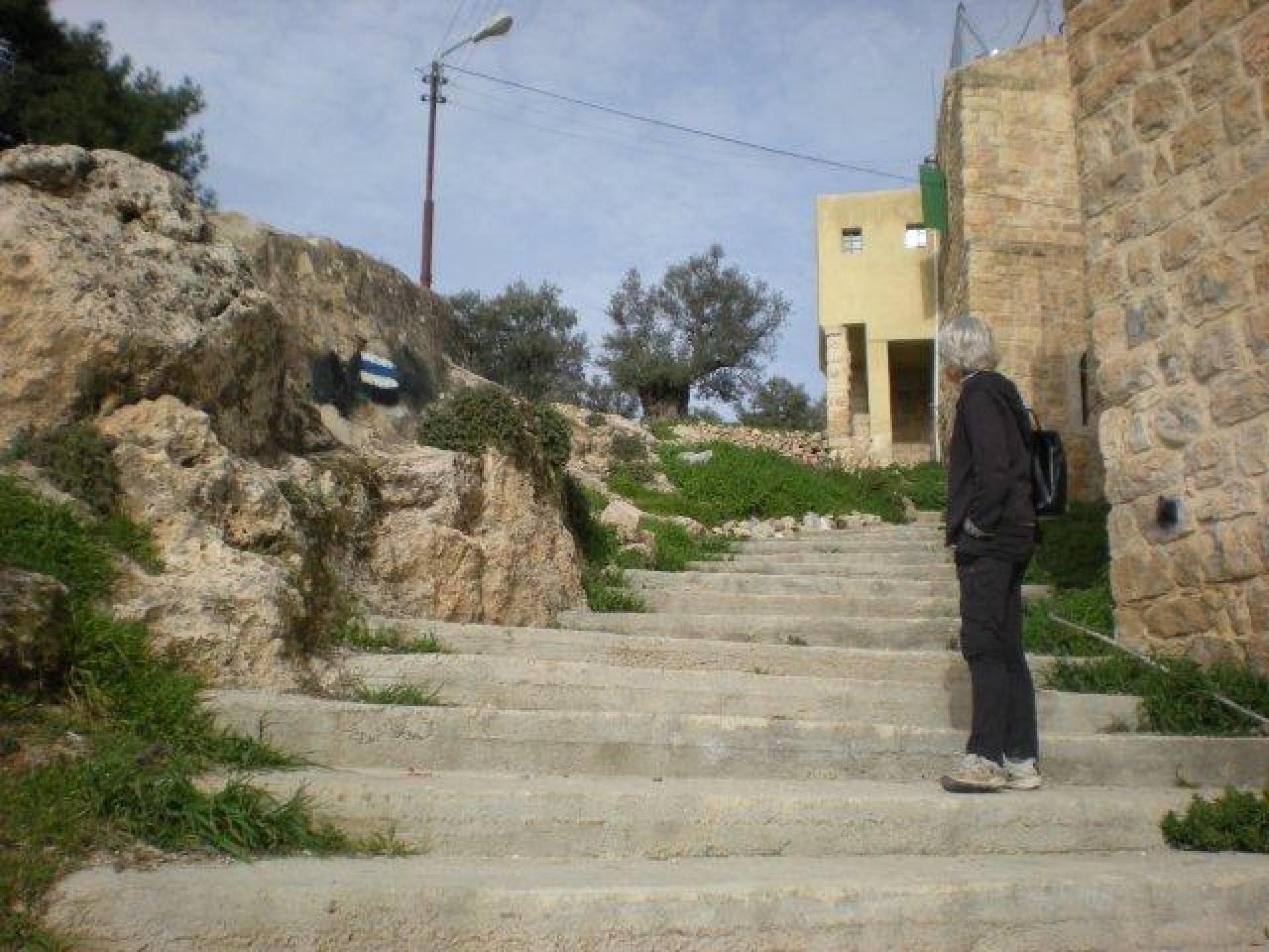 Hebron 11.03.12