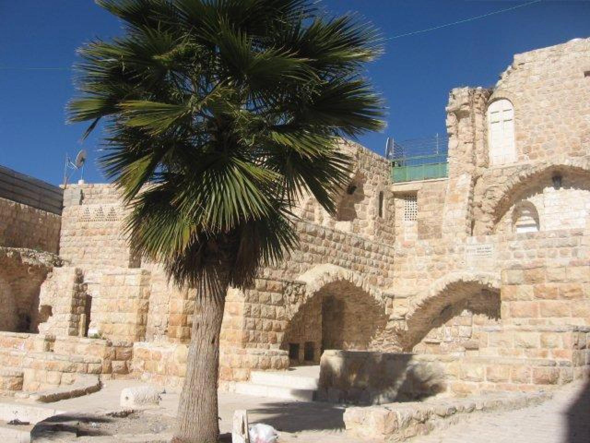 Hebron 21.01.13