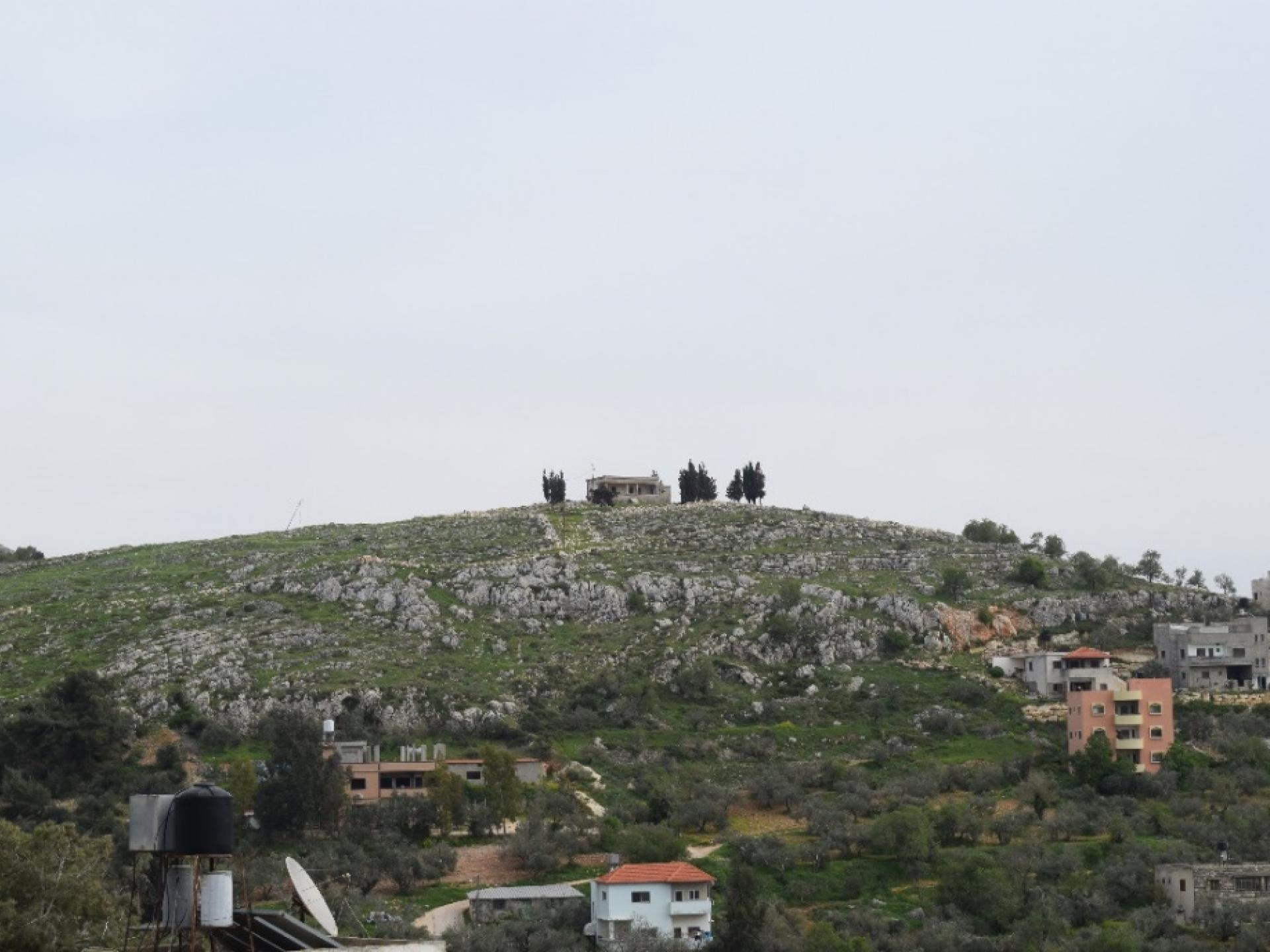 הבית המבודד העזוב בקרבת מאחז גבעת רונן סמוך להתנחלות ברכה