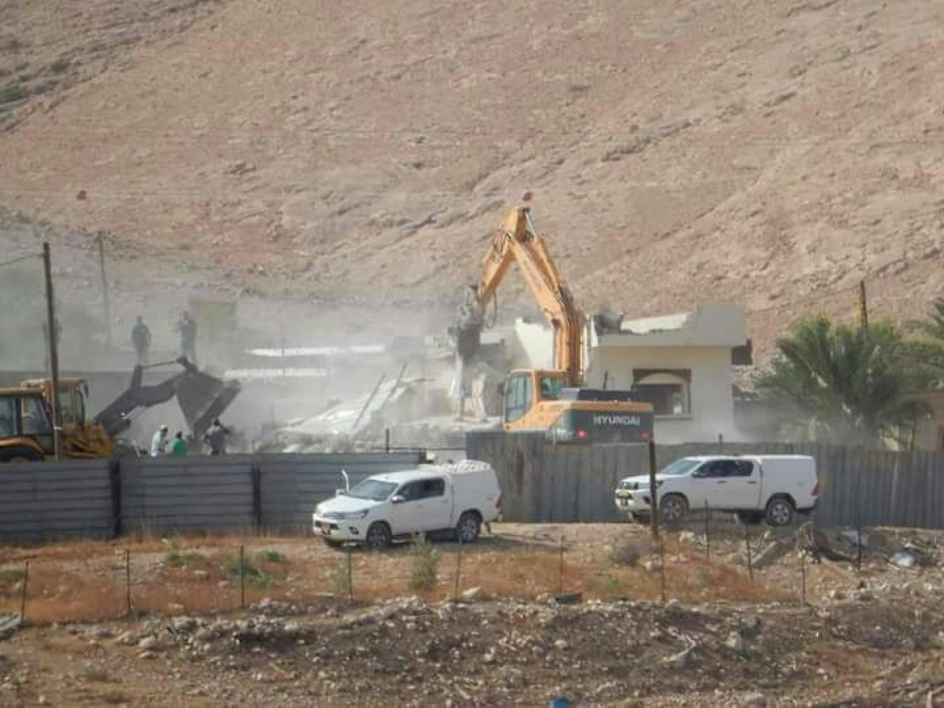 Jordan Valley Demolition in Thabat Mar'I:  November 2017
