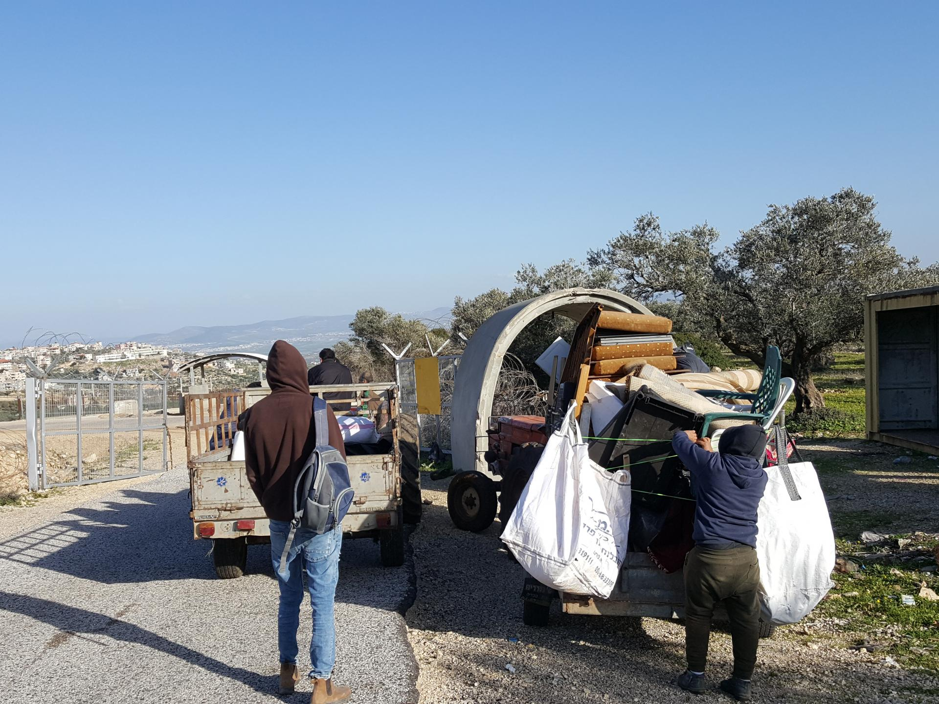 AninCheckpoint: going home with metal scrap for recycling