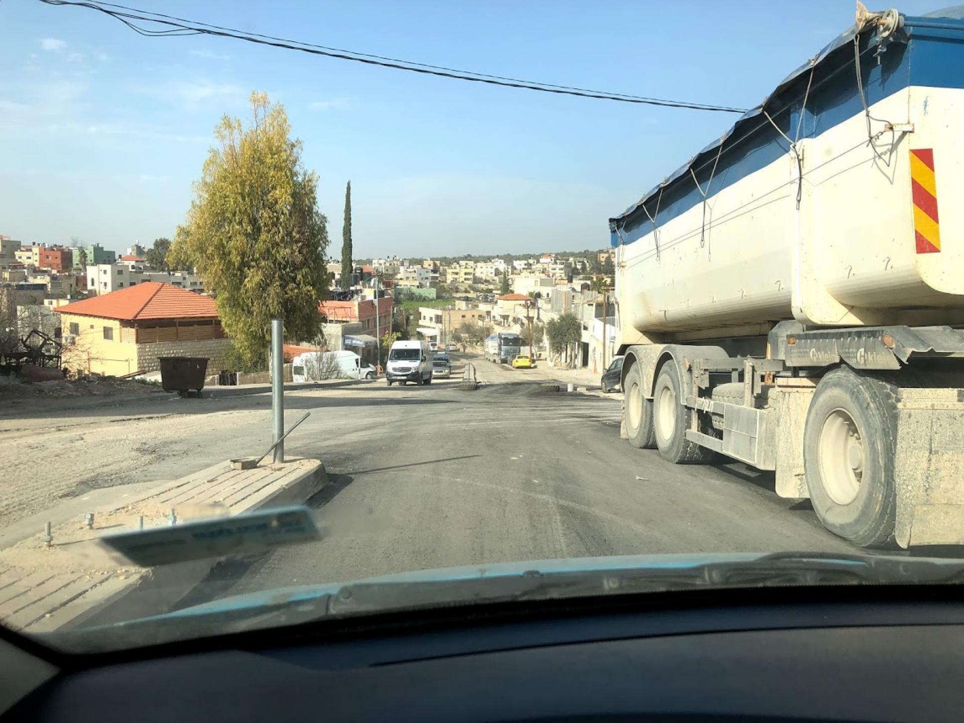 עובדים על הכביש