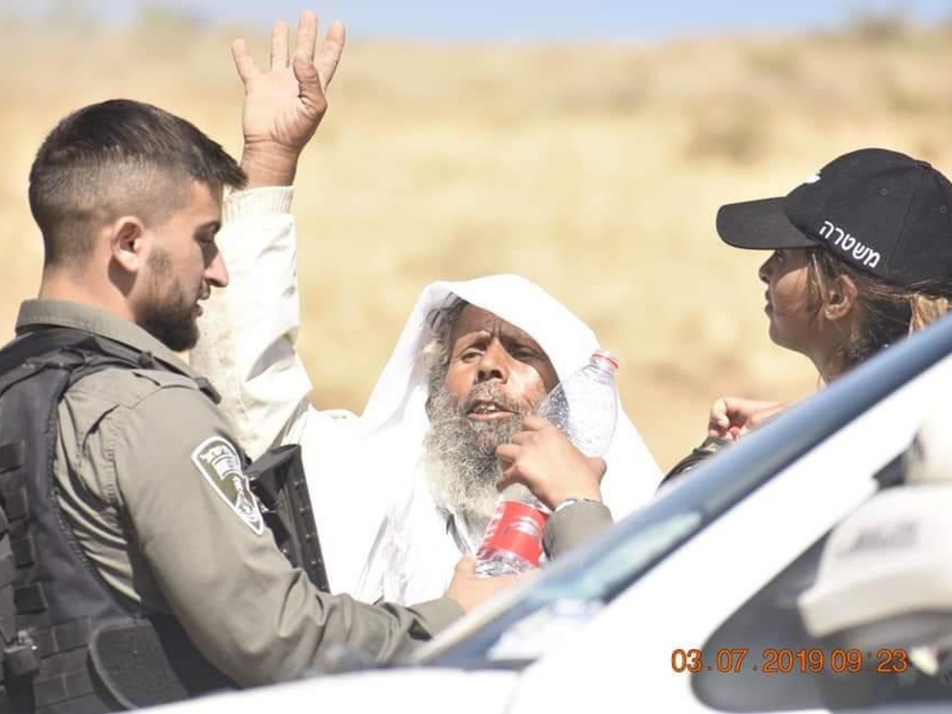 סלימאן הד'אלין מול השוטרים