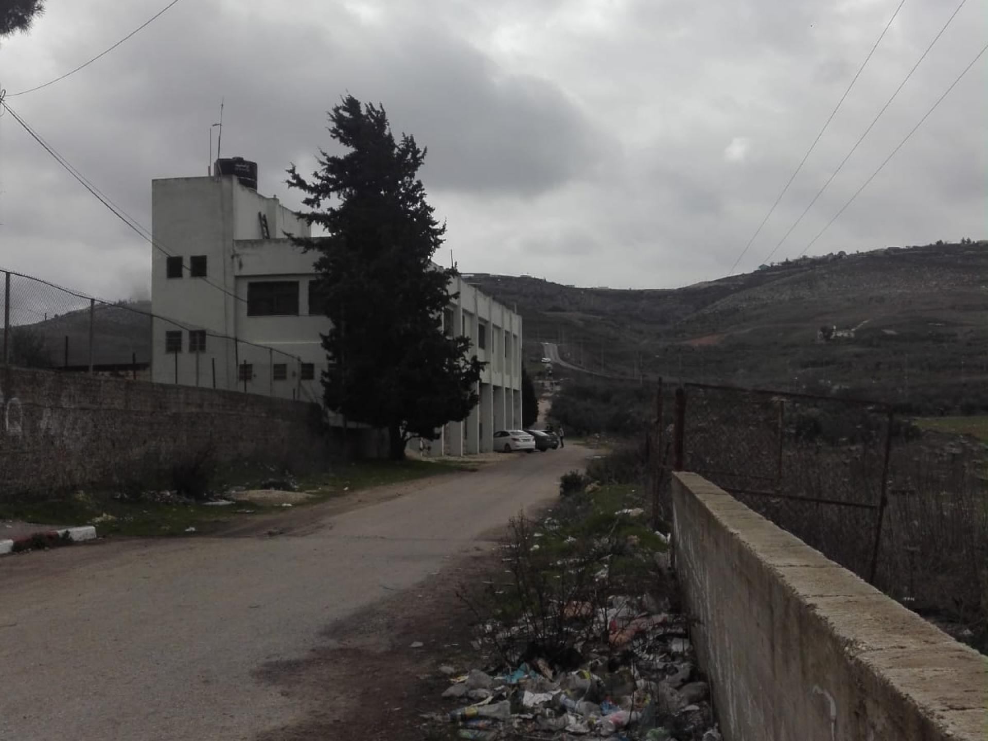 מבנה בית הספר בכפר בורין