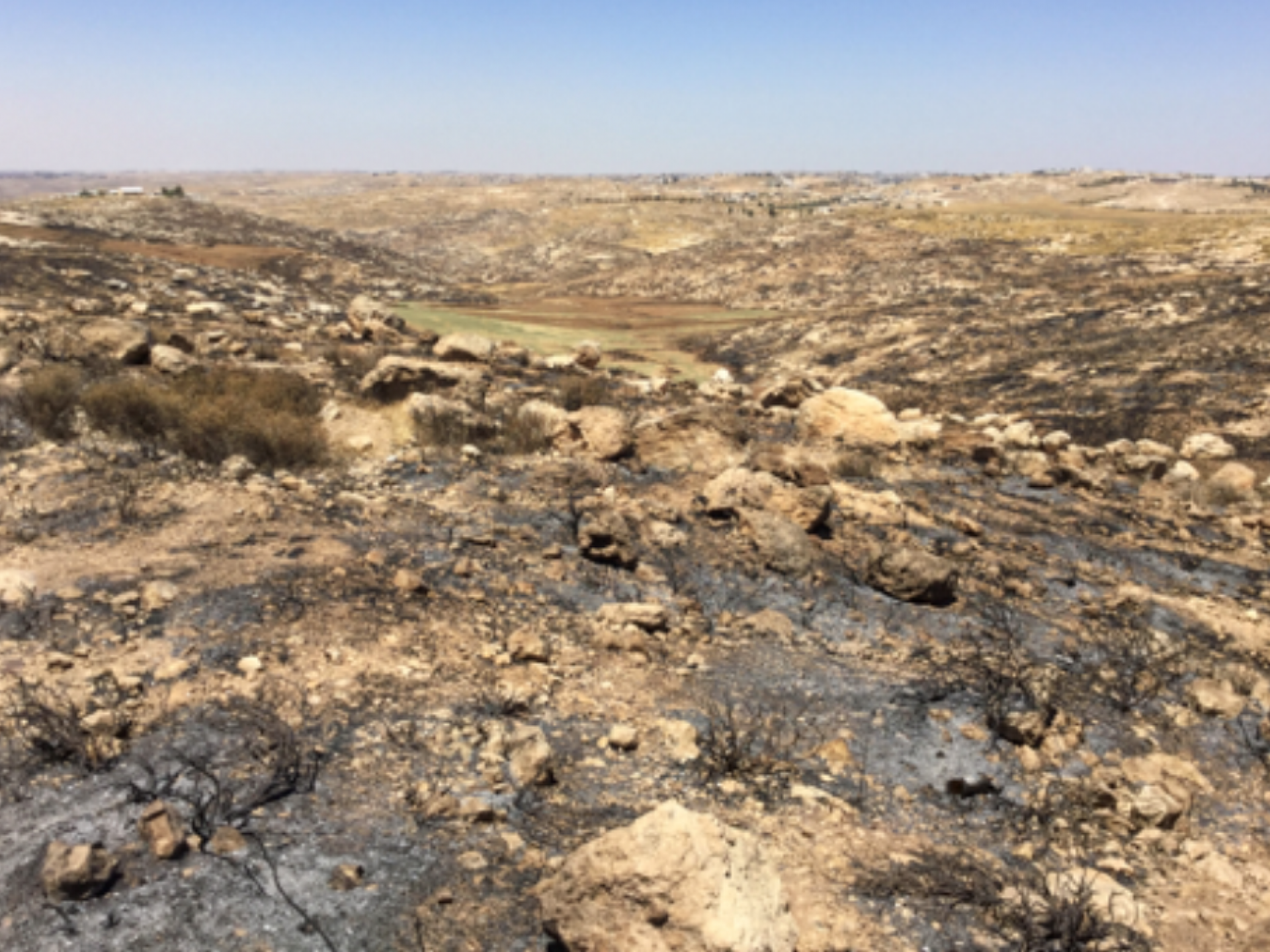 שרידי שריפה ליד אשתמוע 16.6.2020
