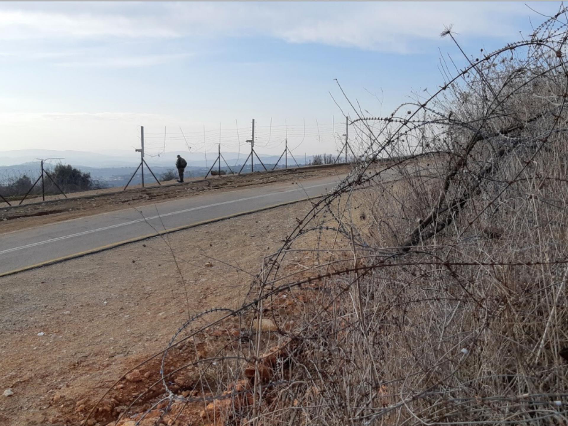 אום אל פאחם: לאורך גדר ההפרדה פרצות מרובות.