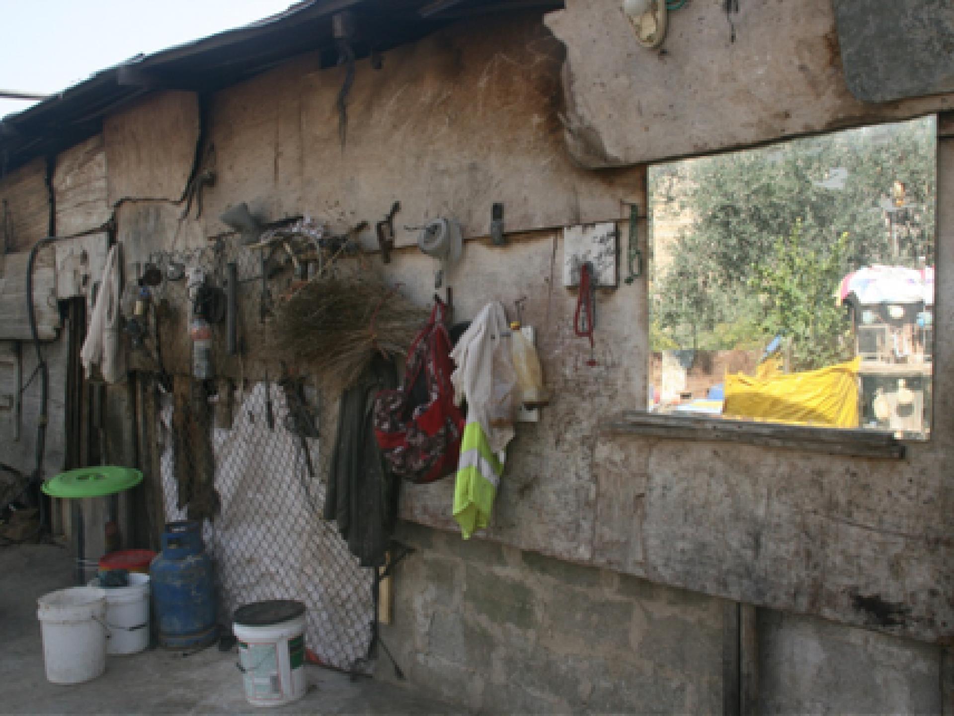 הקיר החיצוני של ביתו של אבו סאפי