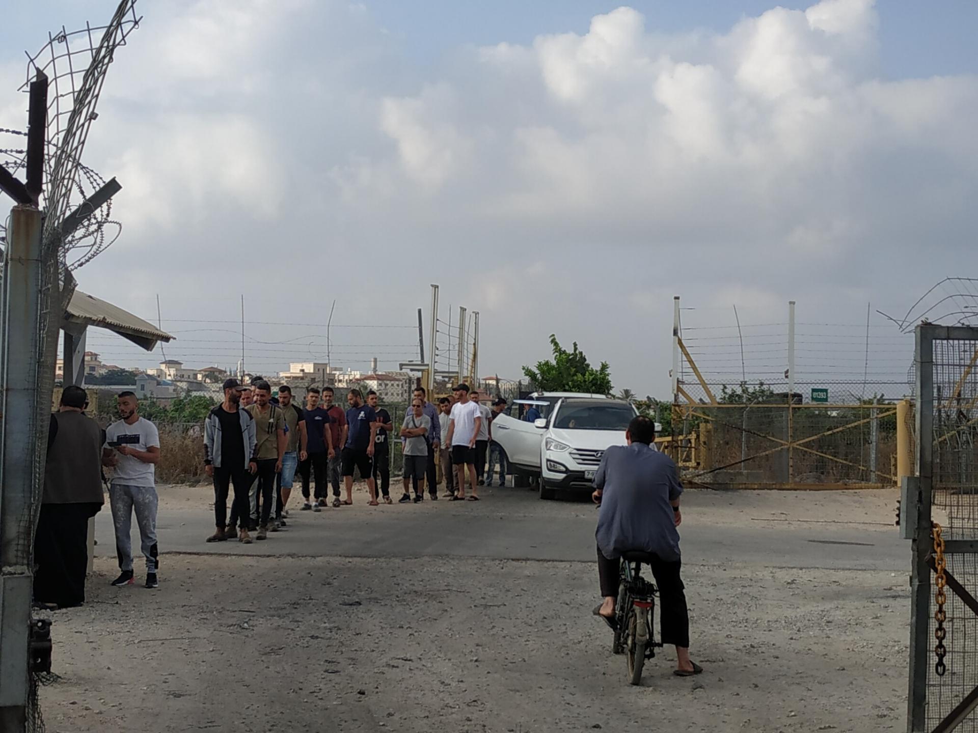תור הולכי הרגל במחסום חבלה