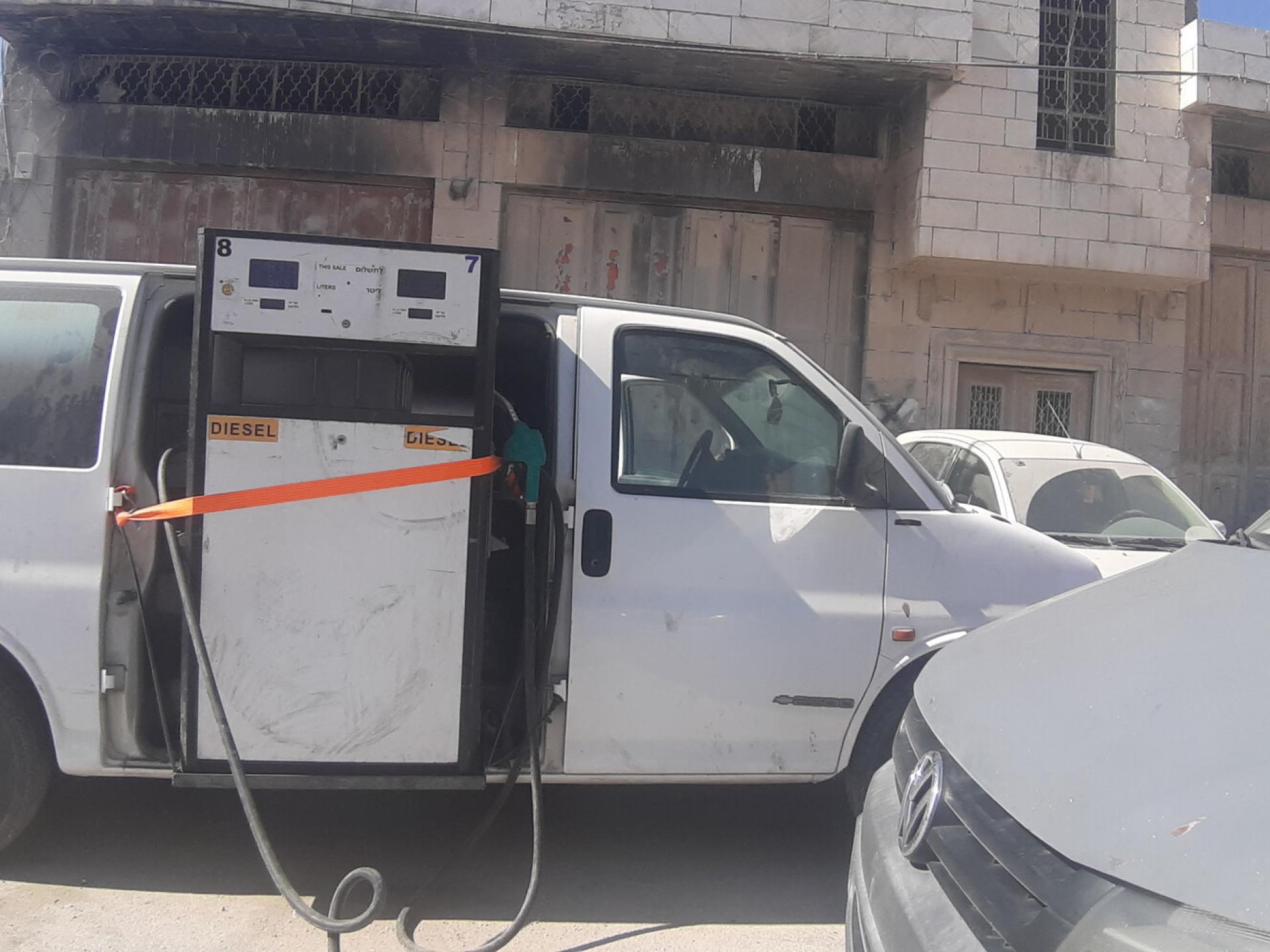 תחנת הדלק שהורכבה על גבי מכונית