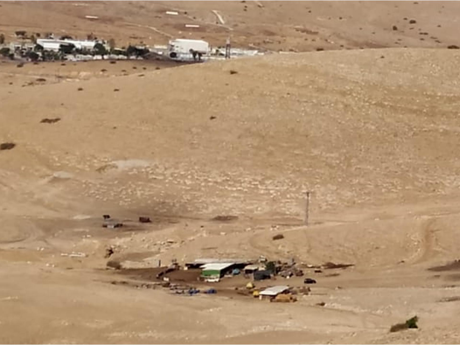 מגוריה של קהילת רועים ובסיס צבאי שנבנה בקרבתה