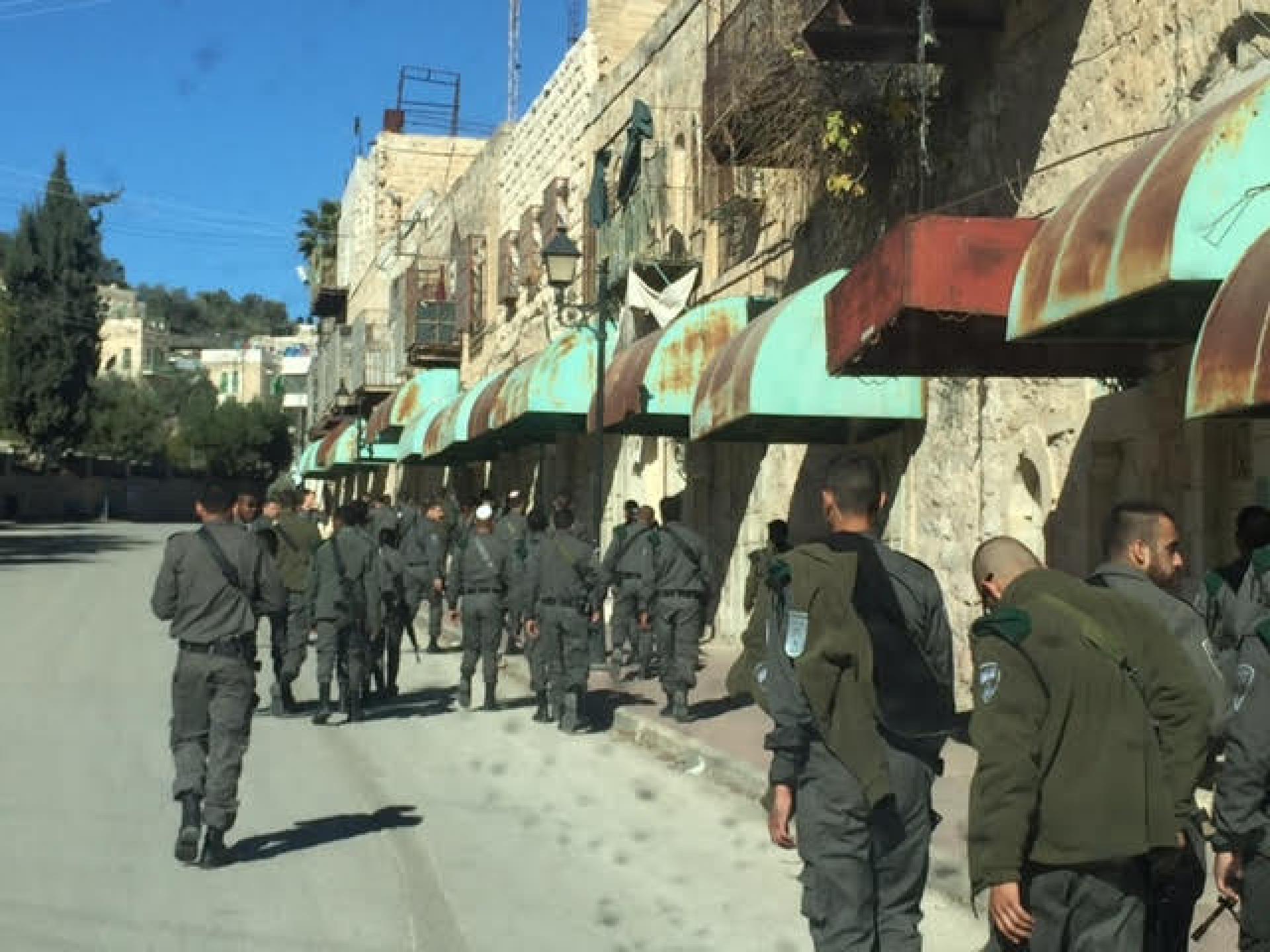 פלוגה חדשה של משמר הגבול נכנסת לחברון ומקבלת הסברים