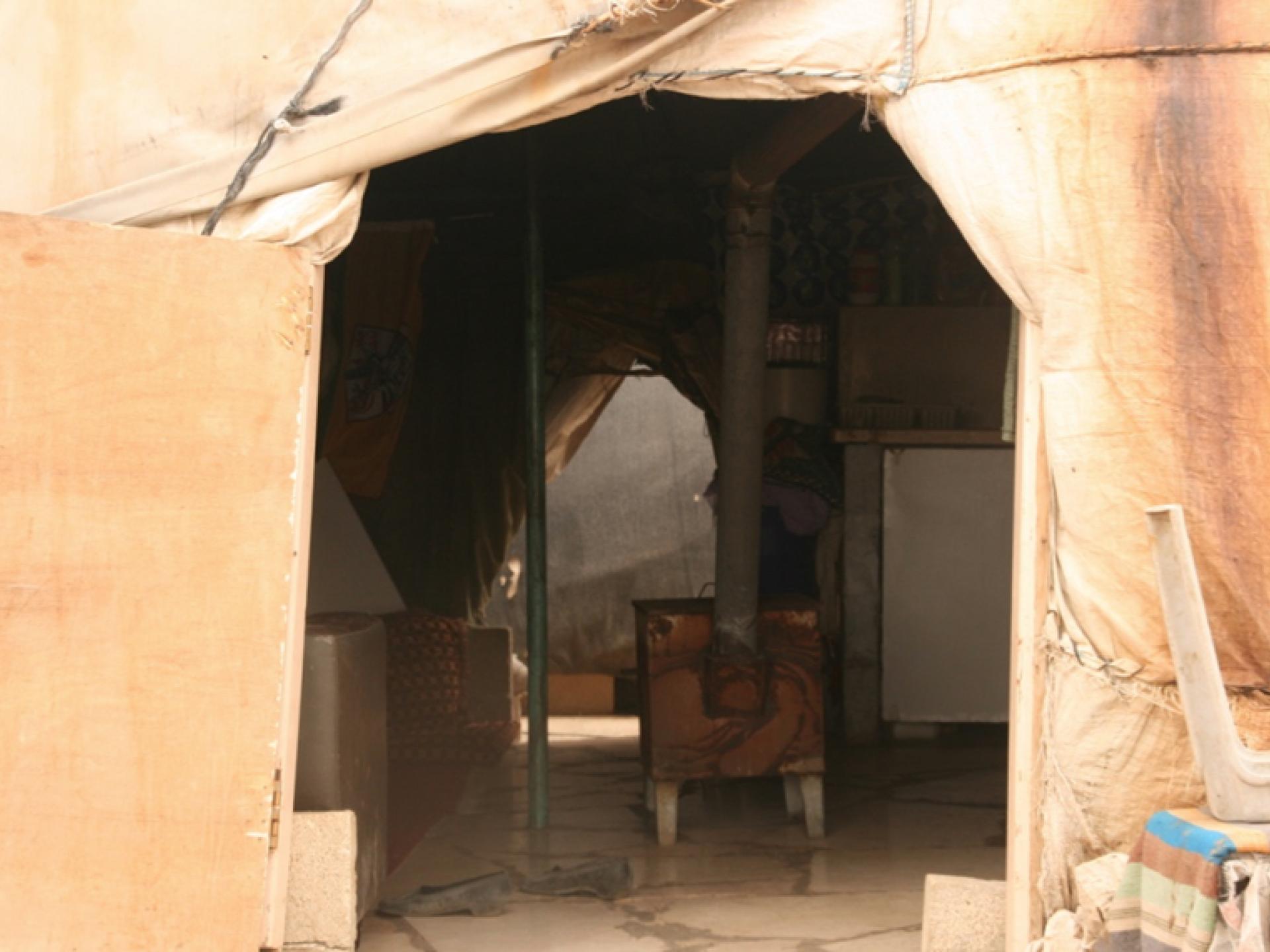 """""""ביתם"""" של עאזם ווואדחה"""