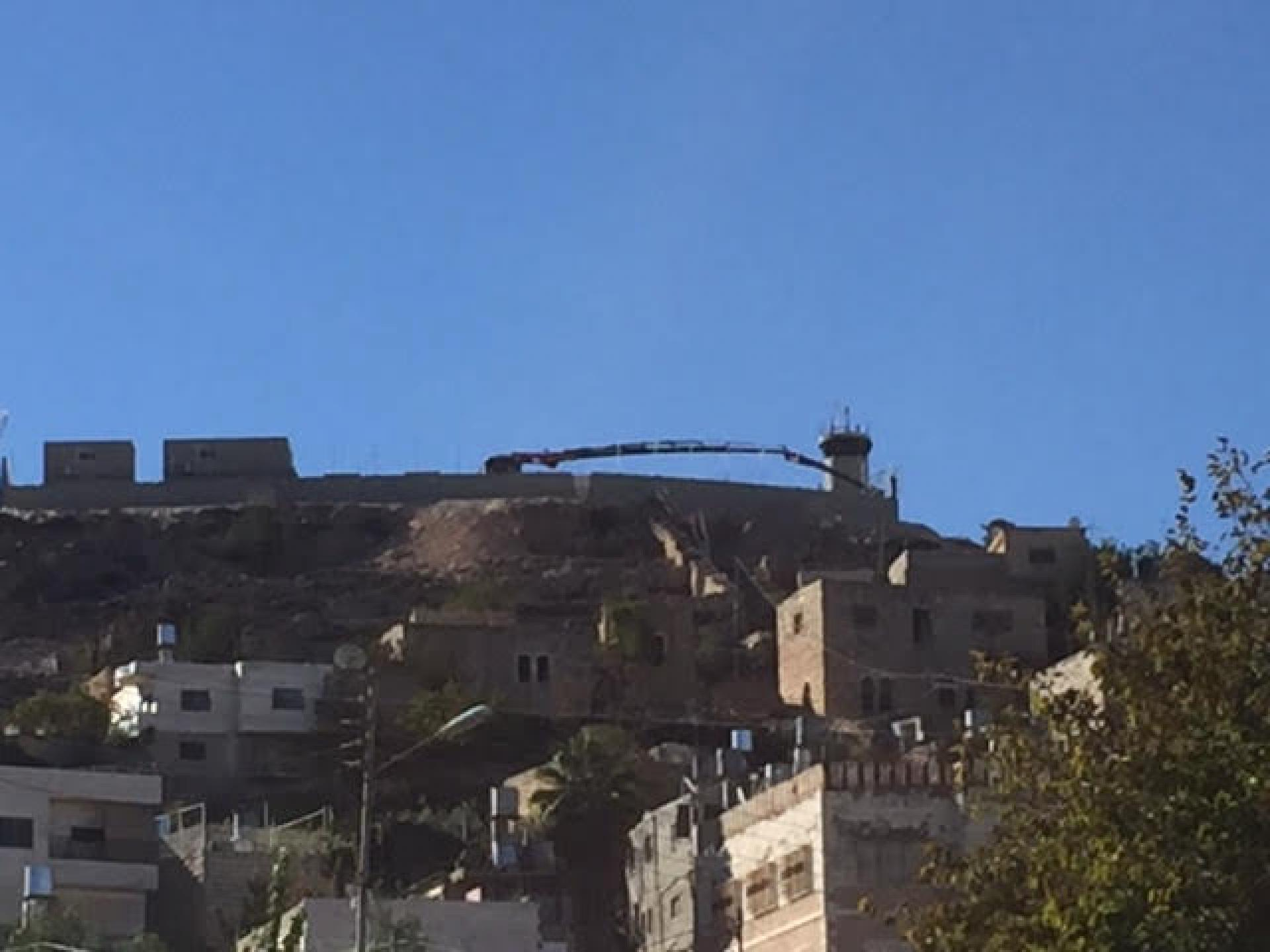 הפילבוקס שמעל שכונת אבו סנאן