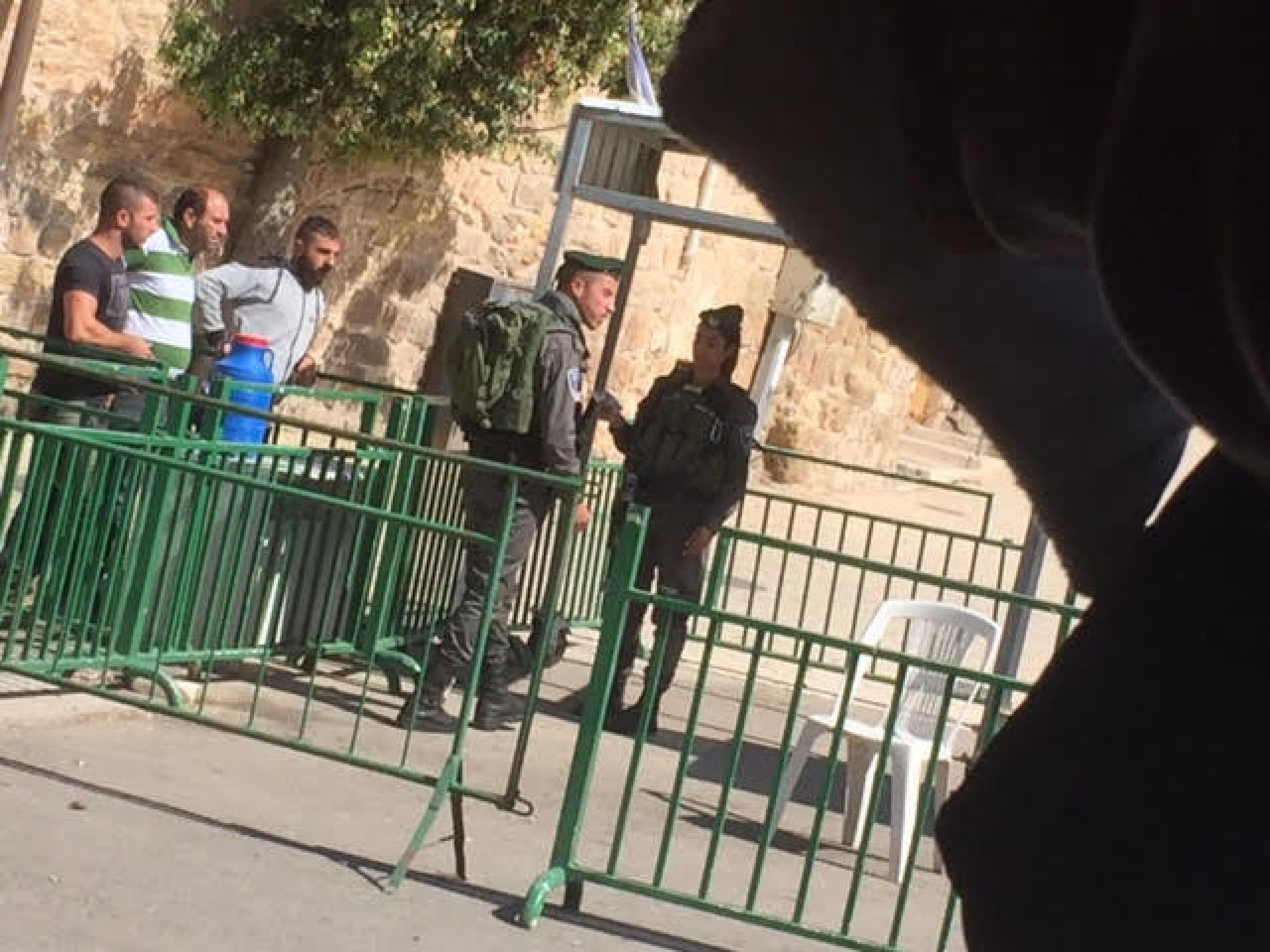 Occupation routine at the checkpoint next to Abed